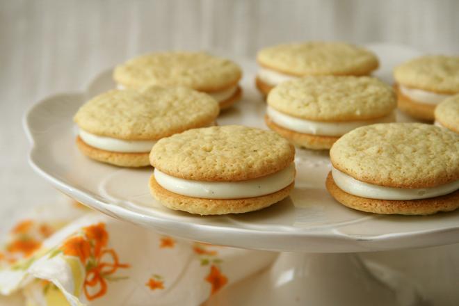 creamsicle whoopie pies 5