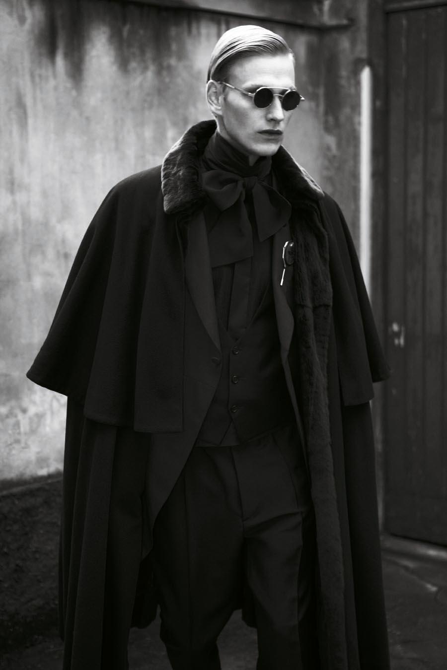 Gerhard Freidl0322_VIKTOR Magazine_Ph Adriano Russo(Wiener Models)