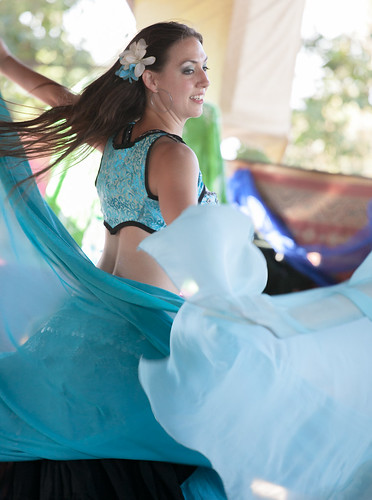 sexy belly dancer Samantha looks lovely in blue at the Minnesota Renaissance Festival