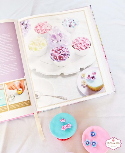 decorating cakes-1-2