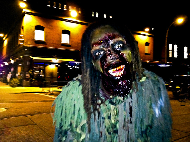 Blood Manor Haunted House 2012 NYC crazy