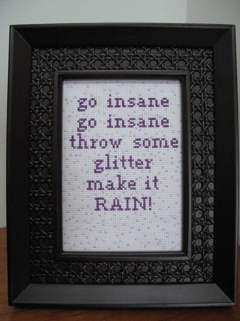 X-stitch Ke$ha