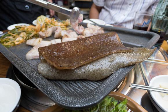 Guhl Goo Nae Wang Gob Chang (걸구네 왕 곱창) pork skin