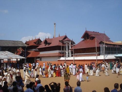 Guruvayur Sri Krishna Temple, Thrissur (Trichur) Religious Destination Thrissur Kerala
