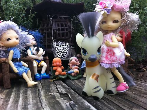 I LuVs Me GloW In's Da Dark Lil Pony!!! by DollZWize