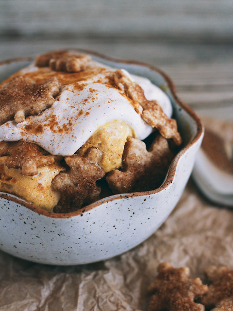 Pumpkin pie sundae