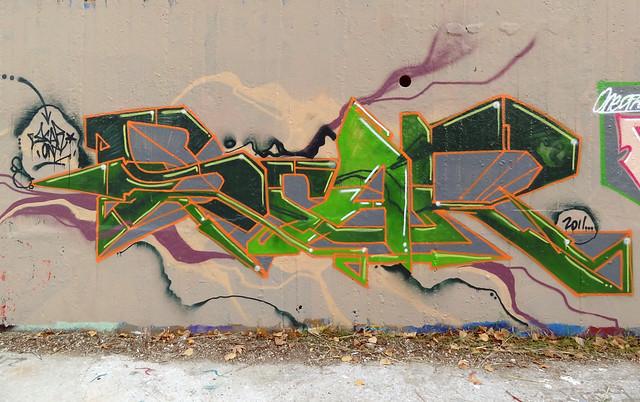 SCAR graff