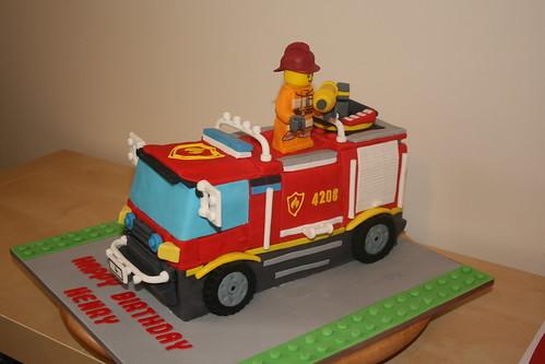 Gâteau d'anniversaire camion de pompier