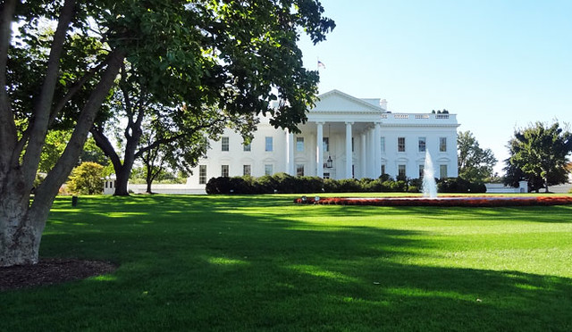 white-house-distant