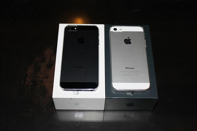 какой айфон лучше темный либо белоснежный 5s