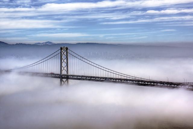 Brouillard au dessus de San Francisco. Photo d'Eric Wagner.