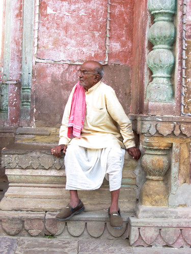 Old man at Ram Nagar fort.