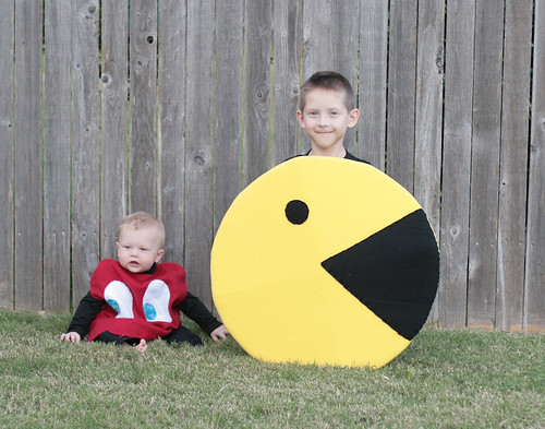 pacman and red ghost2
