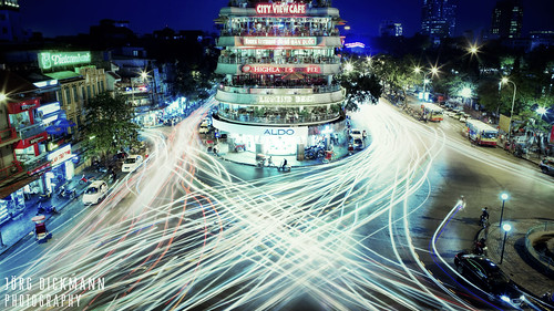 city longexposure night canon lights asia traffic vietnam intersection 24mm hanoi crossroads lightstream canon2470 cityviewcafe 5dmk2