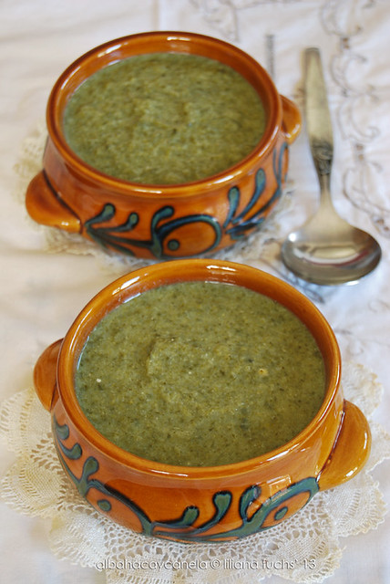 Broccoli and spinach cream soup