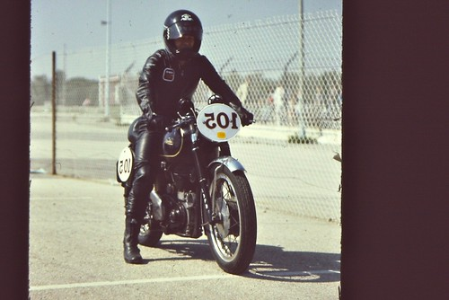 Velocette Castellet84 by motosanglaises