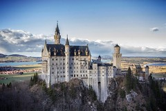 [Free Images] Architecture, Palaces / Castles, Neuschwanstein Castle, Landscape - Germany ID:201301242000