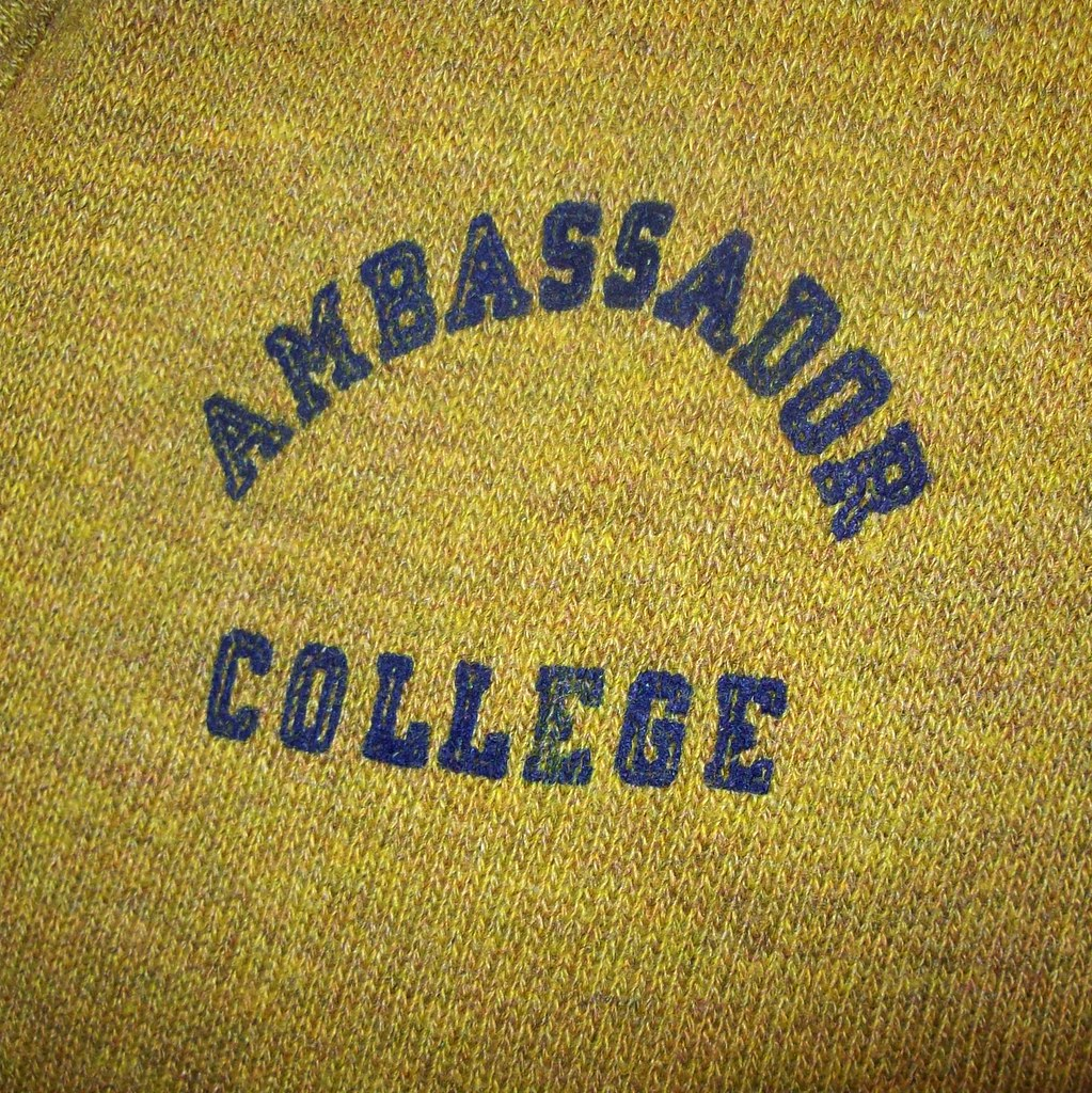 vintage sweater detail