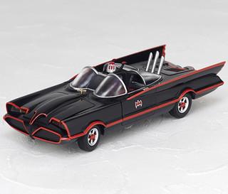 FIGURE COMPLEX MOVIE REVO 1966 影集版蝙蝠車 バットモービル1966