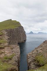Tur langs Vatnið til Børsdalafossur og Trælanipa