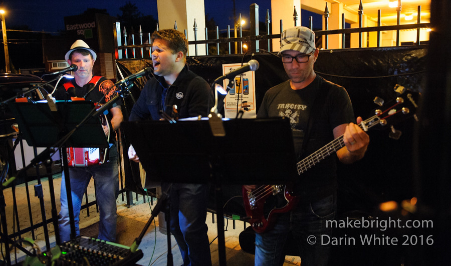 Heinz 57 and The Wailing Whippets at Strykerz 231