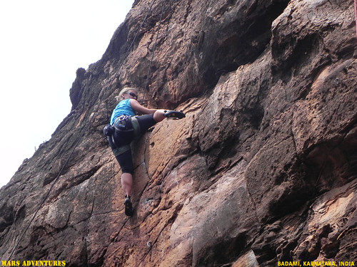 Rock_Climbing_Badami_Oct_2012_11
