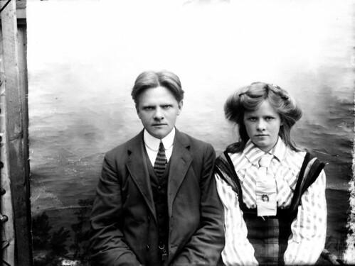 Ungt fólk, karl og kona, 1910-1920