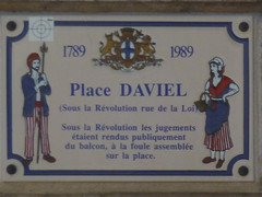 Photo of Place Daviel grey plaque