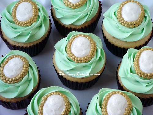 Laduree theme cupcakes