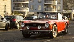 automobile, vehicle, automotive design, antique car, sedan, classic car, vintage car, land vehicle, triumph tr6, convertible, sports car,