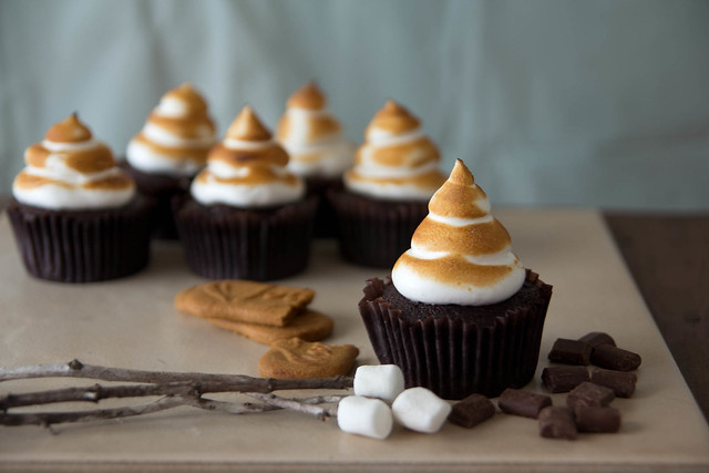 Biscoff S'mores Cupcakes