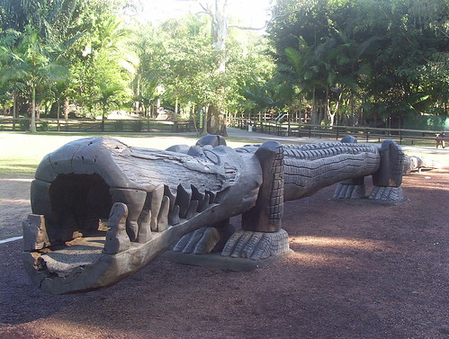Gaint Wooden Croc Carving by holidaypointau