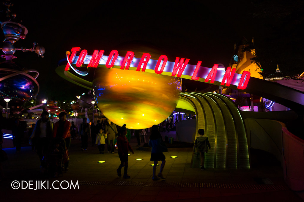 Tomorrowland signage
