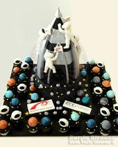 Uzay mekiği pasta ve gezegen cupcake