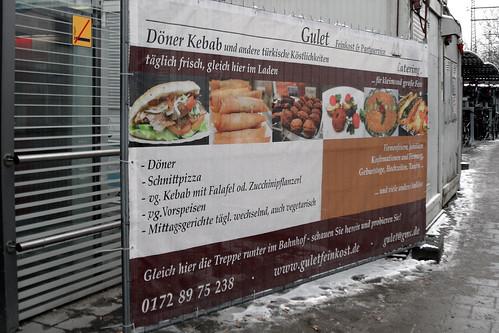 Türkische Köstlichkeiten - Kebab mit Zucchinipflanzerl