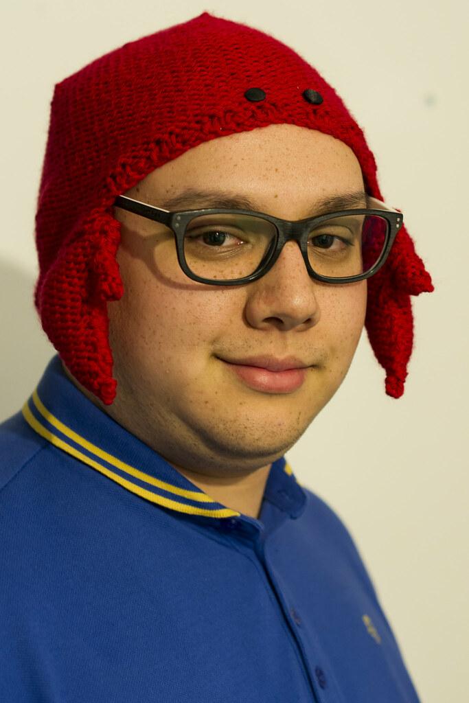 27/365 Crab Hat