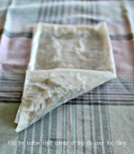 Folding Samosas 5