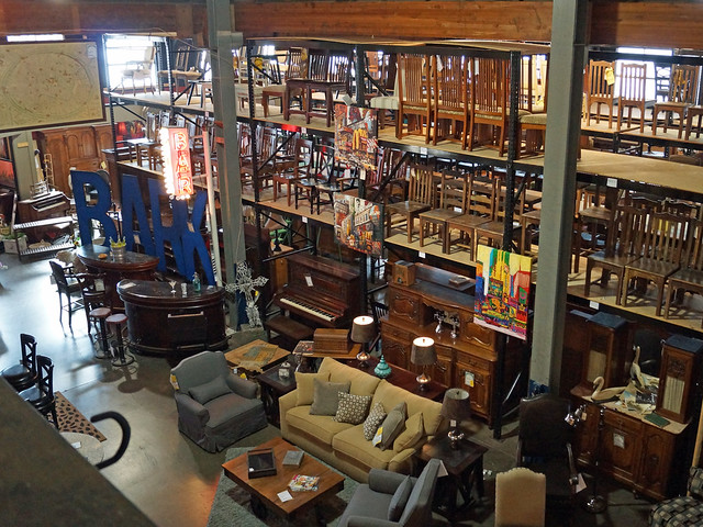 Classic Home Antique Portland Furniture Store 1805 Se Flickr Photo Sharing