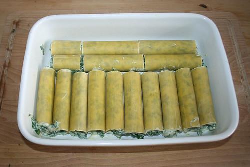 49 - Form gefüllt / Filled casserole