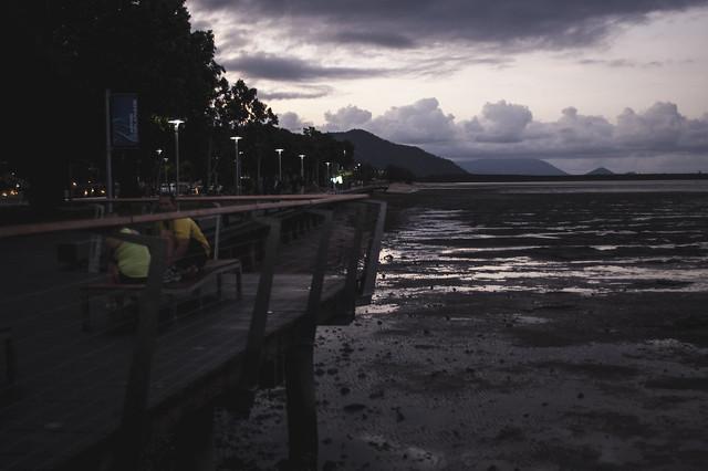 Cairns_esplanadesunset_jamiepilgrim