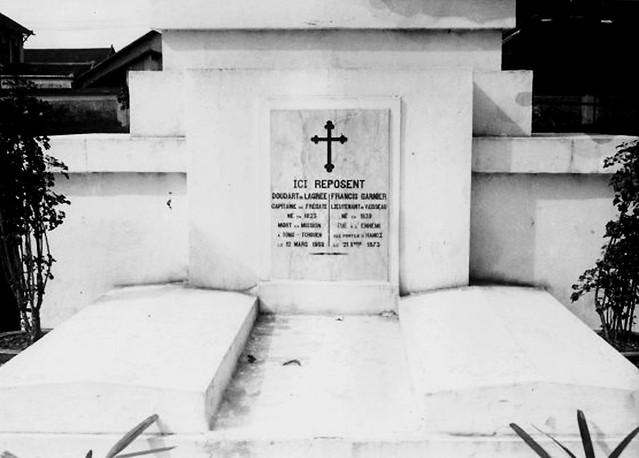 1928 - Tombeau de Doudart de Lagrée et de Francis Garnier à Saigon