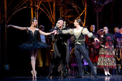 Zenaida Yanowsky, Will Tuckett and Nehemiah Kish in The Royal Ballet's Swan Lake