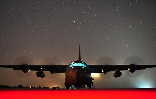 [フリー画像素材] 戦争, 軍用機, 輸送機, C-130 ハーキュリーズ, アメリカ軍 ID:201211060000