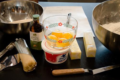 almond cake mise