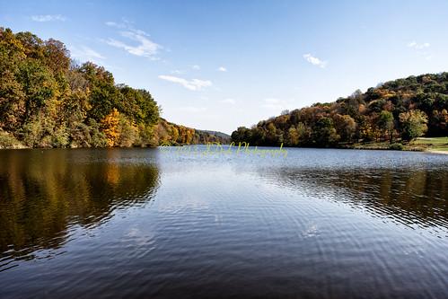 lake fall water raw