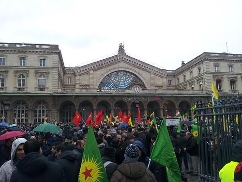 kurdowie w paryżu
