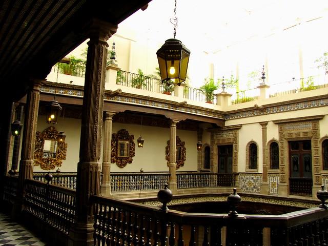 Sanborns casa de los azulejos flickr photo sharing for Sanborns de los azulejos