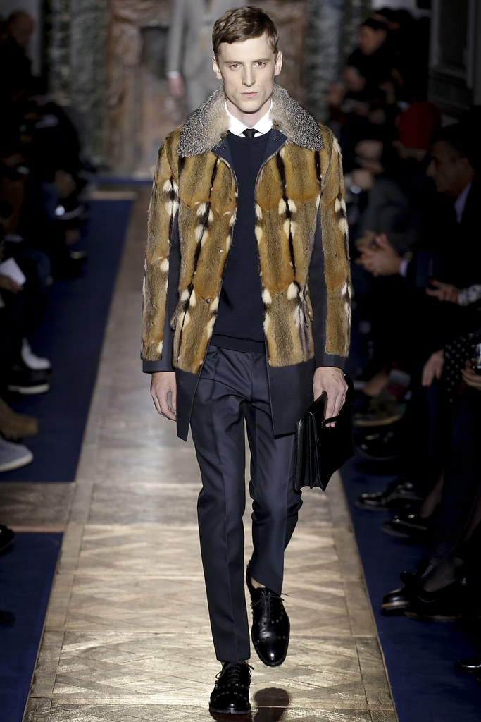 FW13 Paris Valentino005_George Barnett(VOGUE)
