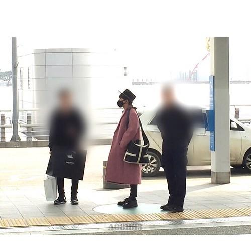 Big Bang - Incheon Airport - 21mar2015 - G-Dragon - a081813 - 01