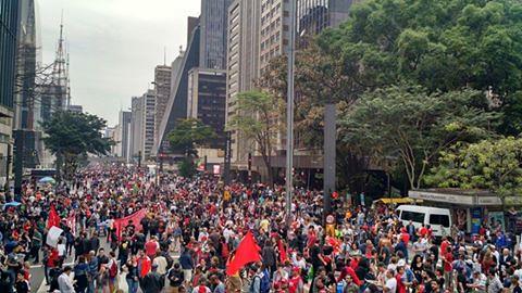 """Ato """"Fora, Temer"""" neste domingo (4), na Avenida Paulista, em São Paulo (SP) - Créditos: Brasil de Fato"""
